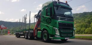 VOLVO FH13 540 6x4 + UMIKOV Holztransporter LKW