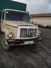 GAZ 3307 Planen-LKW